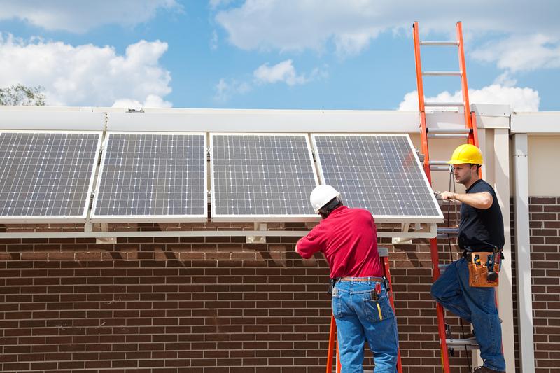 solar power creates job and supports economyr power creates job and supports economy